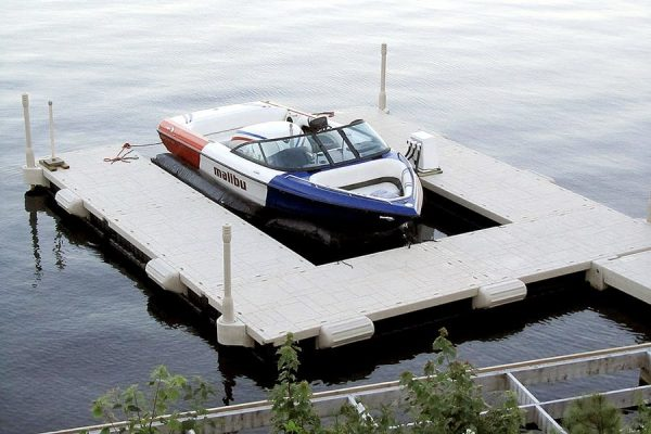 Floating Dock Configuration