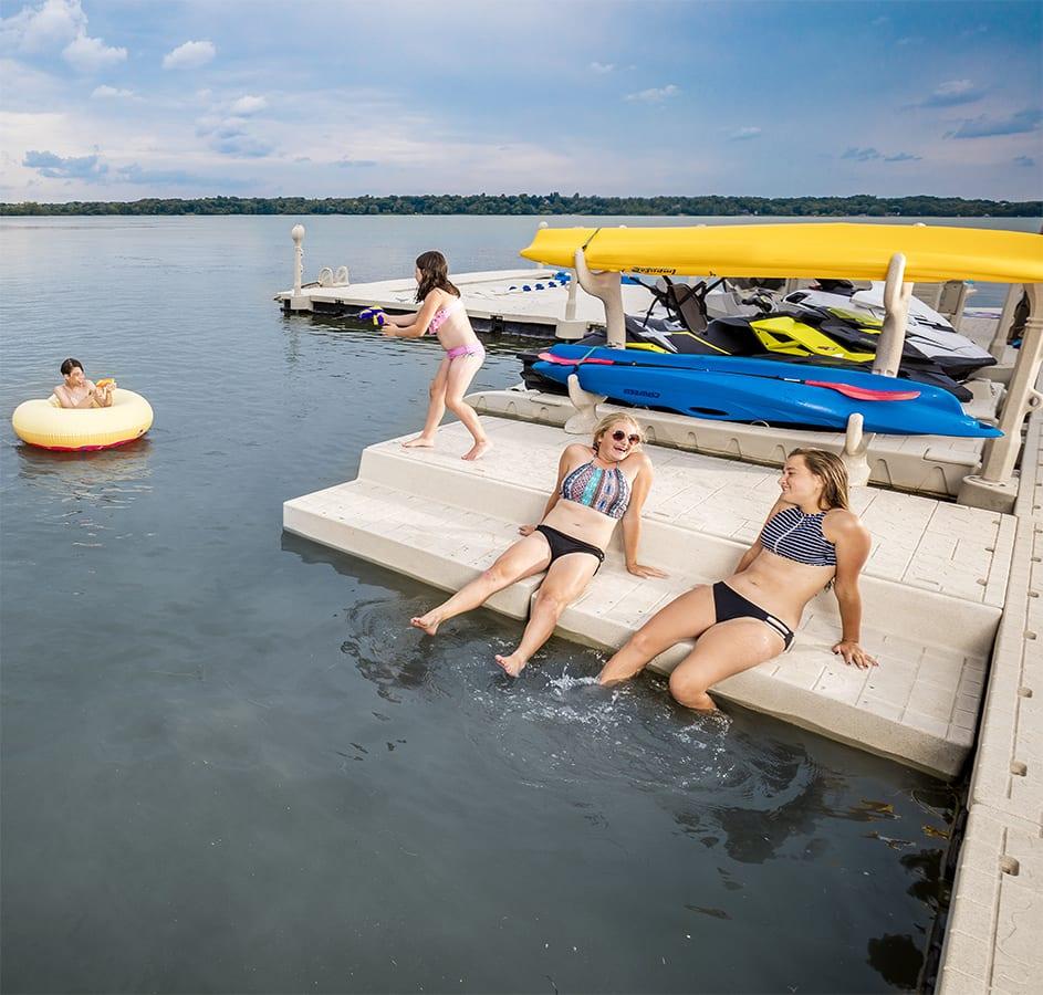 Lower Deck Section / Swim Platform - Wave Armor - Floating Docks