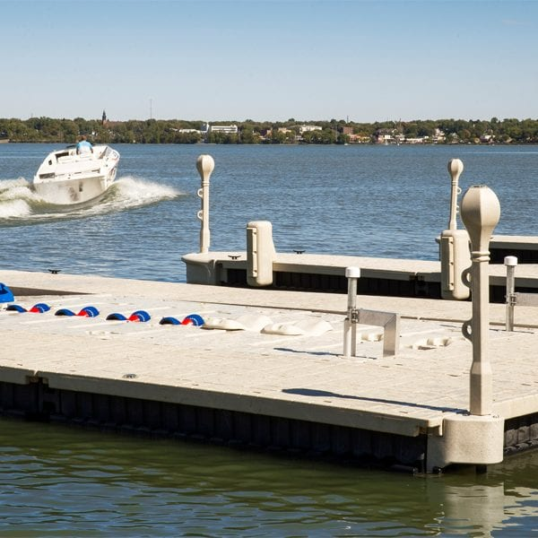 Floating Dock Vertical bumpers